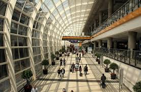 Aeropuerto HK_Passenger corridor